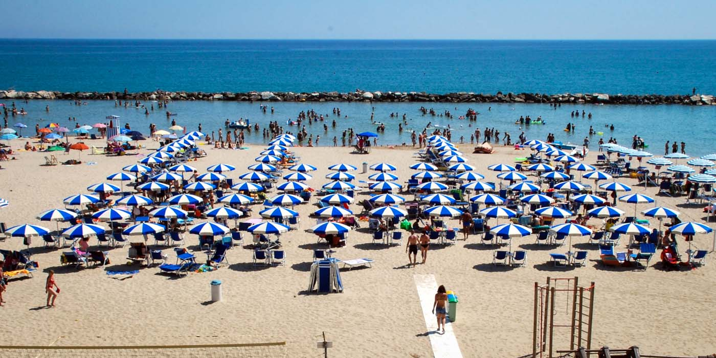 La spiaggia del Tourist Residence